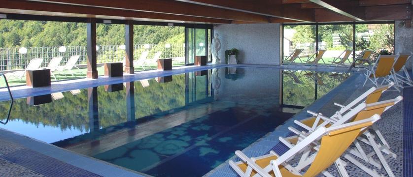 grand-hotel-astoria-lake-lavarone-indoor-pool.jpg